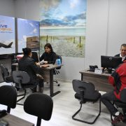 Alive Travel inaugura nova sede premiando clientes com viagem