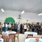 Creche Acalanto presta homenagem a ex-alunos