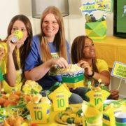 76% dos brasileiros vão assistir aos jogos da Copa em casa, aponta pesquisa