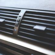 Saiba quando realizar a manutenção do ar-condicionado em veículos