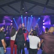 UIKI inaugura em grande estilo em Arujá com show internacional do grupo Double You