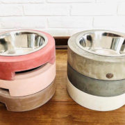 Comedouros em concreto para pets – anéis empilháveis que aliam estilo, resistência e saúde para os bichos de estimação