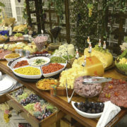 Festa do Queijo e Vinho é sucesso em Arujá