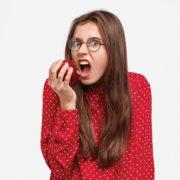 Ansiedade versus comida: como controlar?